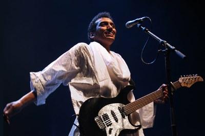 """El guitarrista i cantant Tuareg, Omara """"Bombino"""" Moctar actuarà al Cafè del Teatre"""