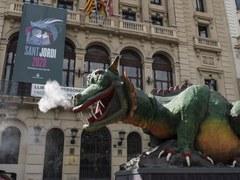 El Marraco va portar la il·lusió de Sant Jordi pels carrers de la ciutat