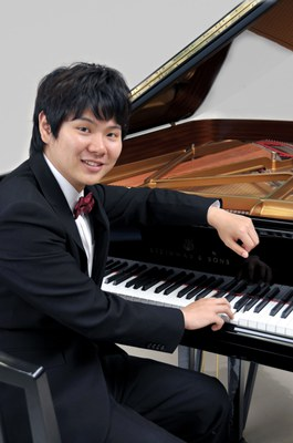 El pianista japonès Hiroo Sato a l'Auditori Municipal Enric Granados