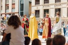 Castells, Balls tradicionals, Trobada Gegantera, Ball de Festa Major. Tot això i molt més a #FestesLleida