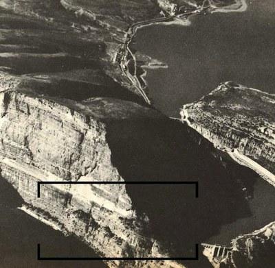"""Inauguració de la instal·lació escenogràfica dins la 25a Mostra d'arts escèniques Josep Fonollosa, """"Fono"""", I ZANNI (VERSIÓ RAW) RawScenography"""