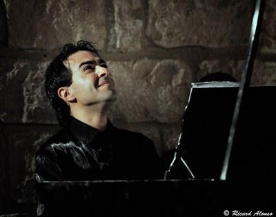 José Menor interpreta danses, valsos i transcripcions de Granados