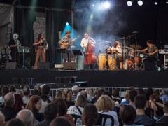La música lleidatana marca el ritme de l'equador de les Festes de la Tardor