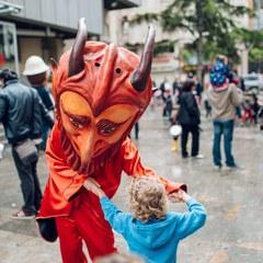 Les Festes de la Tardor ens ofereixen avui: Danses tradicionals, xerrades, documentals i sobretot molta música!