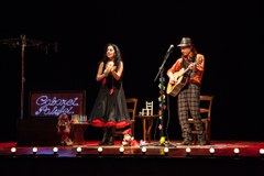 Música, cançó, conte, poesia i endevinalles a l'espectacle familiar Cabaret Patufet