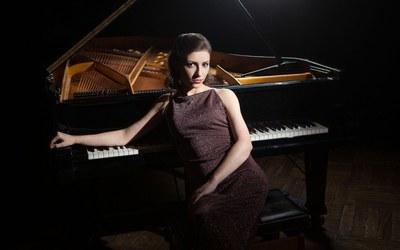 Cicle de Piano Ricard Viñes amb ANNA DMYTRENKO a l'Auditori