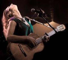 """TORI SPARKS & CALAMENTO presenta el seu nou disc """"La huerta"""" al Cafè del Teatre"""